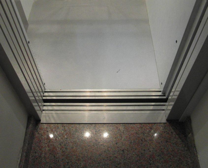 Vista dal pianerottolo della scala al piano primo
